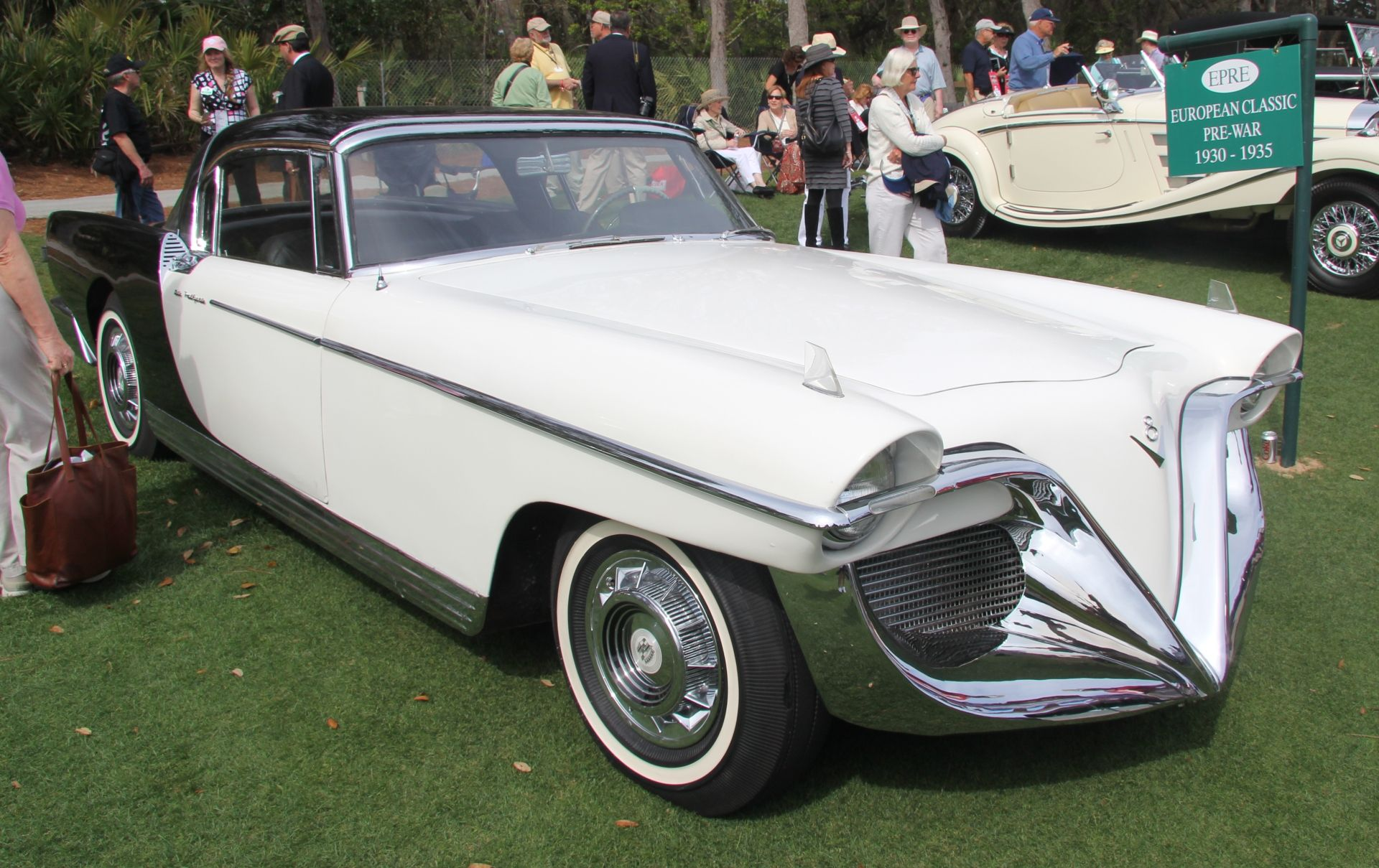 Cadillac Die Valkyrie By Brooks Stevens Only Cars And Cars