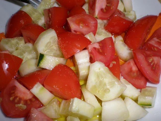 Ensalada de tomate y pepino